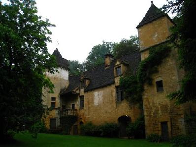 Château de Lacypierre 34 kms