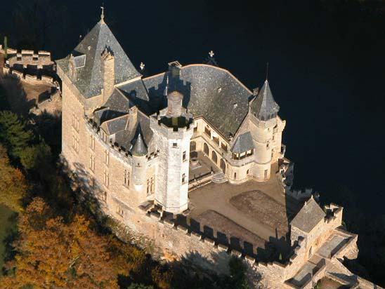 Château de Montfort 24kms