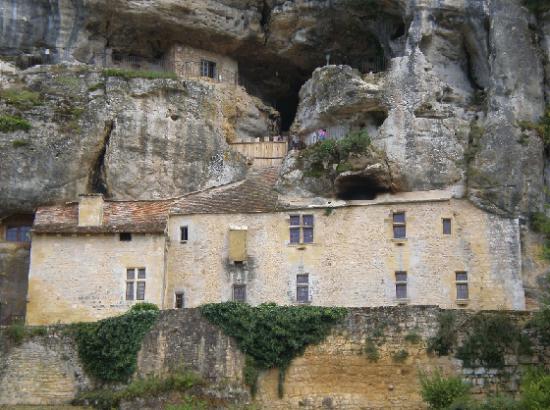 Maison forte de Reignac 22 kms